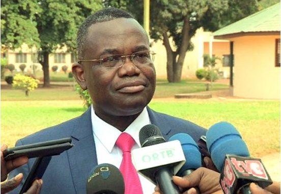 Accès à l'eau : 520 milliards F CFA seront consacrés au secteur de l'eau selon le ministre Houssou