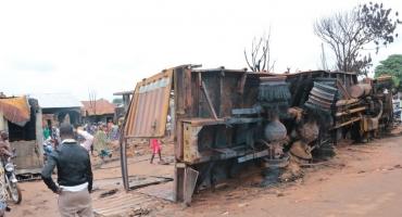 Grave incendie à Porto-Novo : L'essence frelatée fait un mort, deux blessés et d'énormes dégâts matériels