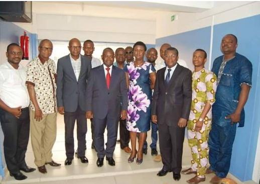 Promotion des énergies renouvelables Rencontre entre le Ministre de l'Energie et l'AISER la vision du Gouvernement est en phase avec les ambitions des membres de l'AISER.