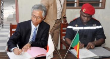 Don d'ambulances aux sapeurs-pompiers: Le Japon et le Bénin signent un contrat de 87 millions F Cfa