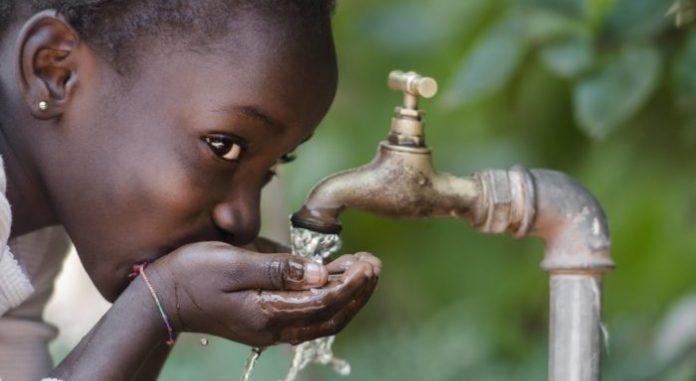 Accès à l'eau potable : un engagement pour Patrice Talon