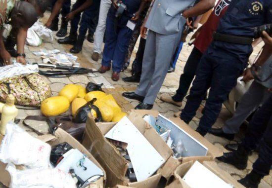 Sécurité nationale 15 millions de faux billets, des armes et 25 kg de drogues saisis