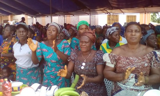 Révision de la Constitution : Les femmes réclament le référendum