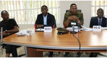Conférence administrative départementale: Le préfet de l'Ouémé honore Sèmè-Podji