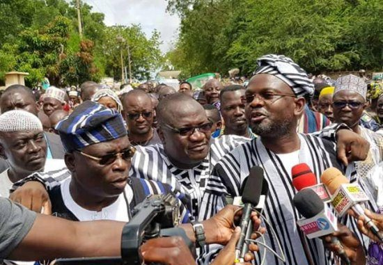 GÉANT MEETING POLITIQUE DE LA MOUVANCE : Le trio Toko, Gbadamassi et Adambi en démonstration de force à Parakou