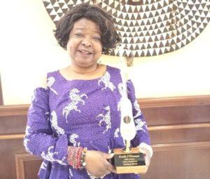 Musique: La vedette béninoise Kiri Kanta reçoit le « Kunde » d'honneur à Ouagadougou