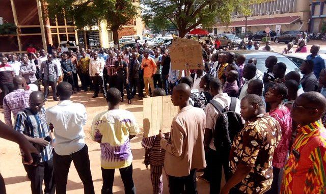 Ministère de la BURKINA : Fonction publique – Les gestionnaires des ressources humaines désertent les bureaux