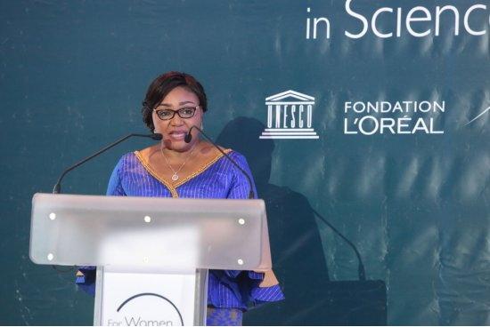 Prix Jeunes Talents Afrique subsaharienne 2019 20 chercheuses récompensées par L'Oréal-UNESCO