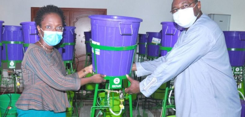 Lutte contre le coronavirus: Le gouvernement reçoit 40 dispositifs de lavage des mains