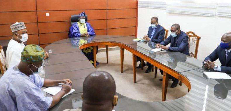 Audience du président de l'Assemblée nationale: Louis Vlavonou reçoit le maire de Porto-Novo