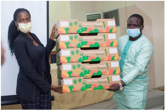 Développement de l'entreprenariat dans la filière ananas Près de 65.000 emballages au profit de dix exportateurs