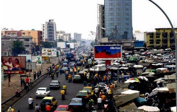 Transport urbain à Cotonou : Minibus, voitures et motos : la fluidité de la circulation en souffrance